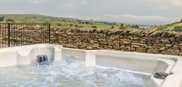 teesdale cottage hot tub